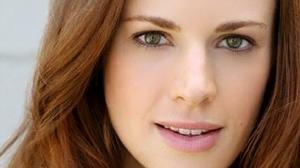 "Teal Wicks, James Snyder To Star In ""Carousel"" At Goodspeed"