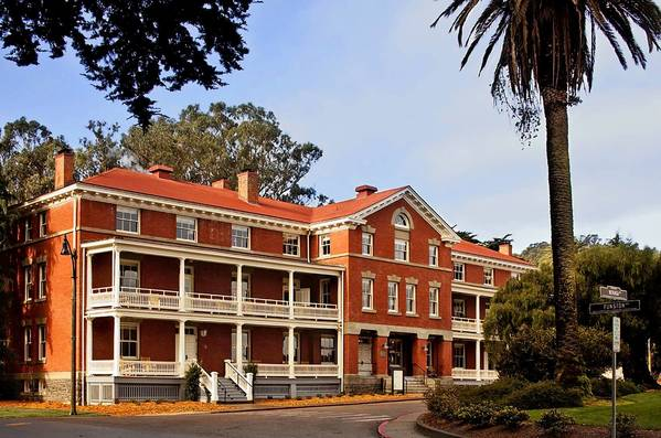 San Francisco's newly opened Inn at the Presidio once served as officers' quarters for the U.S. Army.