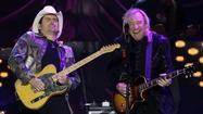 "<span style=""font-size: small;"">Legendary singer, songwriter and Eagles guitarist Joe Walsh will team up with Kenny Chesney,Brad Paisley, Luke Bryan, ZZ Top's Billy Gibbons, Sara Evans and Hunter Hayes for a new episode of CMT Crossroads. The show will feature collaborations with Walsh on solo hits such as ""Life's Been Good"" and Eagles classics including ""Life in the Fast Lane."" CMT Crossroads: Joe Walsh and Friends premieres June 23rd at 11PM Eastern</span>"