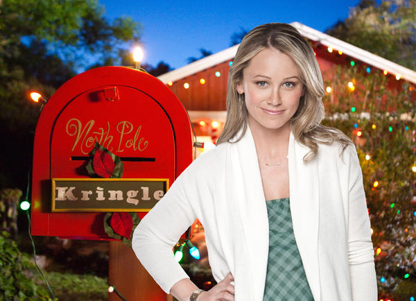 Allentown native Christine Taylor stars in Farewell Mr. Kringle, airing on the Hallmark Channel at 8 p.m. Dec. 4. She plays Anna Wahl, a journalist who initially despises the holidays - and the flood of memories that come along with it. This being a Hallmark movie, a series of events changes her mind.