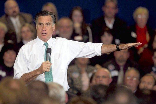 Mitt Romney speaks at a campaign event in Warwick, R.I.