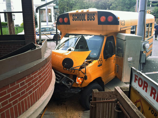 A school bus with students on board crashed into a building in Allentown shortly before 3 p.m., according to police scanner reports. Shortly before 3 p.m., police received numerous reports of a loaded school bus that crashed into a building at Ninth and Walnut streets. Police on scene have reported at least four people are injured.