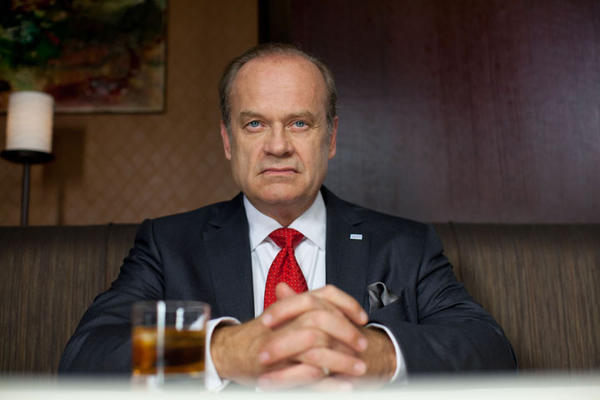 "Kelsey Grammer as Mayor Tom Kane in Starz' ""Boss."""