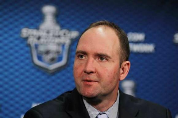 New Jersey Devils Coach Peter DeBoer says that when he was coaching in the minors, he had a player's stick checked for an illegal curve -- and current members of the Kings and Ducks were involved in the incident.