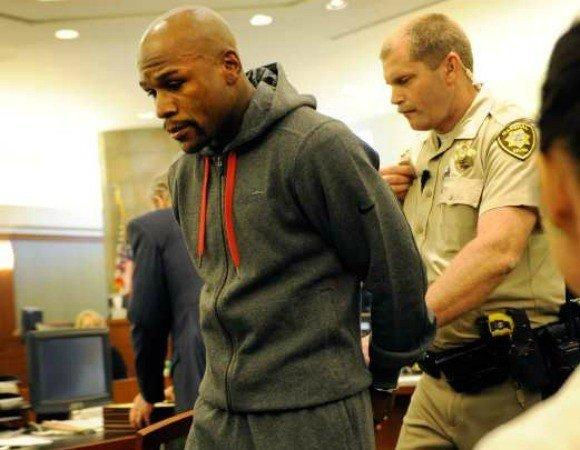 Floyd Maywether Jr. is led away in handcuffs at the Clark County Regional Justice Center.
