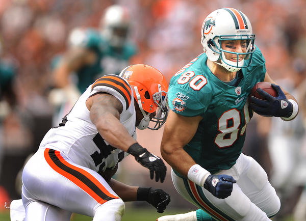 Is tight end Anthony Fasano still a starter in the NFL?