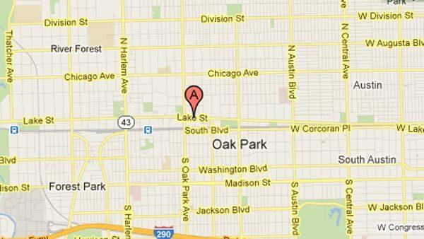 Officials investigate cause of fire in nightclub in Oak Park.