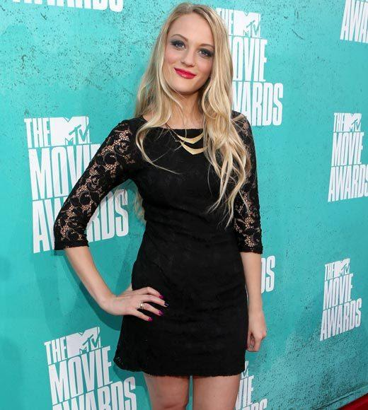 2012 MTV Movie Awards red carpet arrival pics: Kirby Bliss Blanton