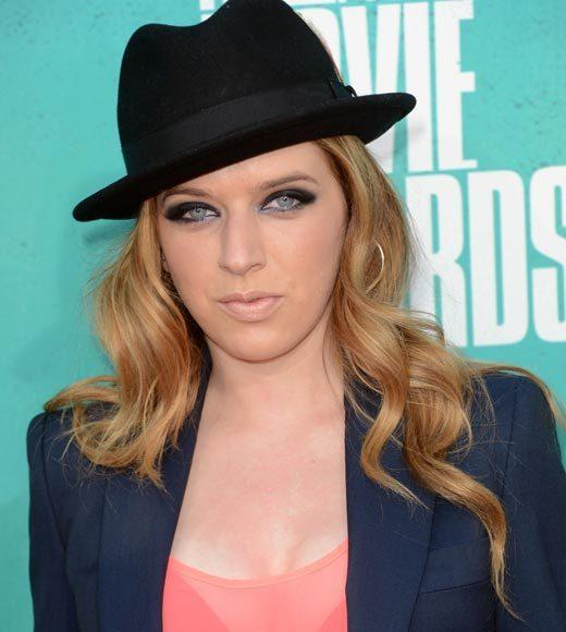 2012 MTV Movie Awards red carpet arrival pics: ZZ Ward