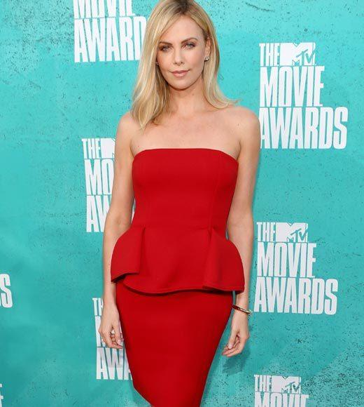 2012 MTV Movie Awards red carpet arrival pics: Charlize Theron