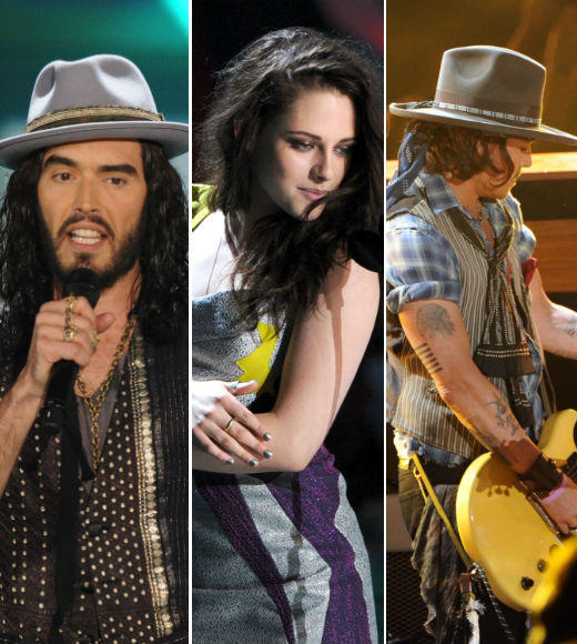 From Russell Brand's amazingly inappropriate monologue to Johnny Depp's rock star moment, from Emma Stone's touching Trailblazer acceptance speech to Kristen Stewart kissing herself, the 2012 MTV Movie Awards were filled with memorable moments. Click through for the highlights!