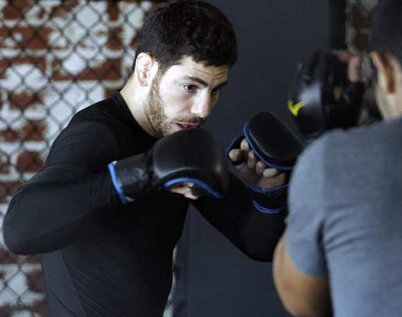 Burbank trained UFC fighter Jared Papazian is looking for his first UFC victory this Friday.