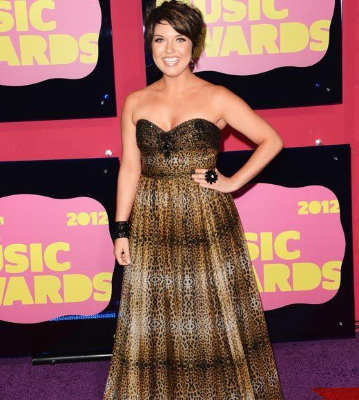 2012 CMT Music Awards red carpet arrival pics: Samantha Stephens