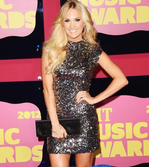 2012 CMT Music Awards red carpet arrival pics: Carrie Underwood
