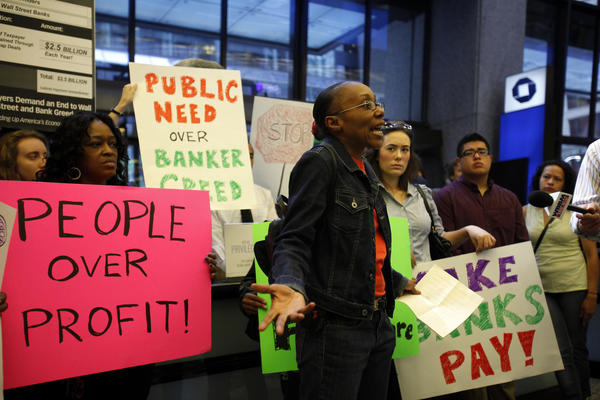 Dale Burnett, home care provider and member of SEIU Healthcare Illinois-Indiana, speaks during the Refund Transit Coalition protest.