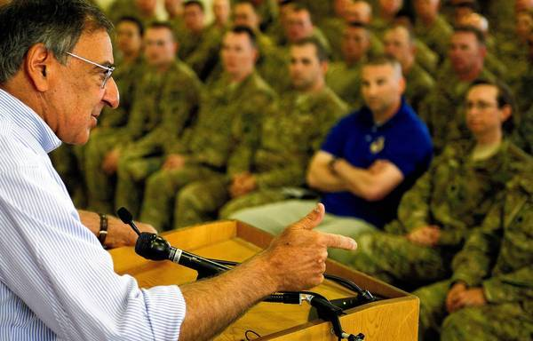 "Defense Secretary <a class=""taxInlineTagLink"" id=""PEPLT00008422"" title=""Leon Panetta"" href=""/topic/politics/government/leon-panetta-PEPLT00008422.topic"">Leon E. Panetta</a> speaks to U.S. troops during his visit to Kabul, the Afghan capital."