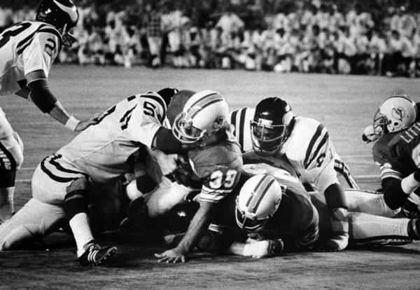 Csonka, with wide alleyways paved by star linemen such as Larry Little, Jim Langer and Bob Kuechenberg, bulled through Minnesota in a performance so dominant that many were left believing this 1973 Dolphins team was better than the 1972 undefeated squad.