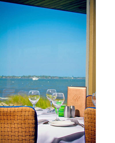 Consistent service and food and always a great water view. Fabulous steaks and seafood. What's not to like?