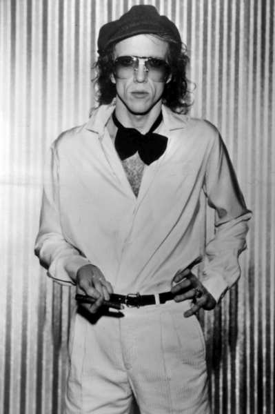 "Guitarist and singer Bob Welch, whose work in the early 1970s for Fleetwood Mac set the stage for the band's multi-platinum success later in the decade, was found dead of an apparent self-inflicted gunshot wound to the chest on Thursday at his home in Nashville. He might not be as synonymous with Fleetwood Mac as Stevie Nicks or Lindsey Buckingham, but Welch's early contributions helped <a href="" http://latimesblogs.latimes.com/music_blog/2012/06/remembering-bob-welch-fleetwood-mac-video.html"">pave the way</a> for the sound the band is celebrated for today."