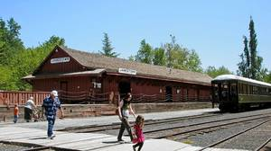 Sonora, Calif.'s antiques, eateries and train ride
