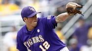 Kevin Gausman gets a win and a loss Saturday in NCAA Super Regionals