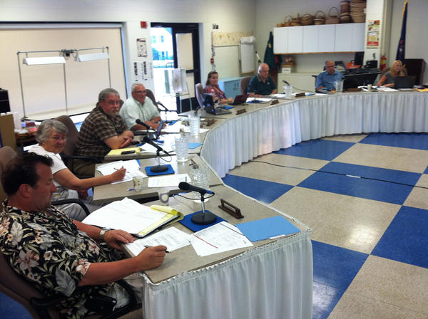Boyne City School Board members unanimously vote Monday to buy iPads for students in the district.