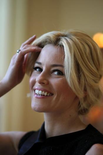 Elizabeth Banks at the Peninsula Hotel in Chicago