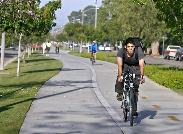 The Chandler Bikeway, shown here in 2010, was constructed with help through Metro grants. Now Burbank will use the same funding source for the planned San Fernando Bikeway.