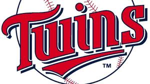 Twins keep Phillies on the skids, 11-7