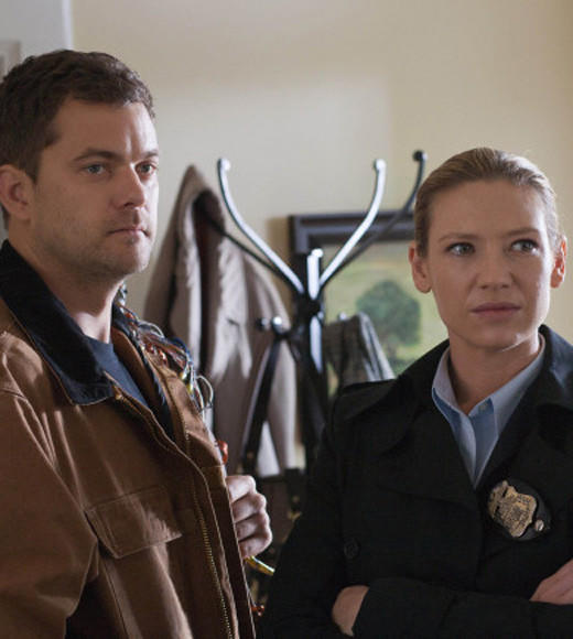 Zap2it Awards: Favorites from the 2011-2012 TV season: This is a no-brainer: 83% of Fringe fans prefer Peter and Olivia together over Olivia and Lincoln. Theres always the other universe, Linc!