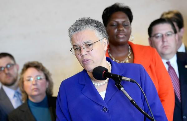 Cook County Board President Toni Preckwinkle on Wednesday took steps to boost the county's effort to give 24 percent of contracts to minority-owned firms and 10 percent to women-owned firms, something that often didn't happen under her predecessors.