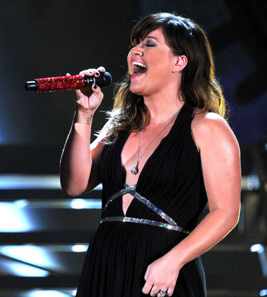 Teen Choice Awards 2012 Nominees: Climax, Usher Payphone, Maroon 5 featuring Wiz Khalifa Somebody That I Used to Know, Gotye featuring Kimbra Stronger (What Doesnt Kill You), Kelly Clarkson (pictured) Wide Awake, Katy Perry