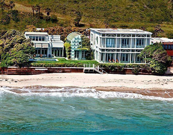Jim Carrey Lists Beach House In Malibu Colony At 13 95