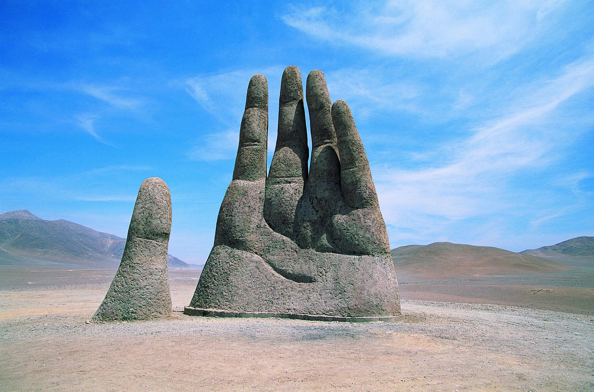 mano del desierto in chile s atacama desert   chicago tribune