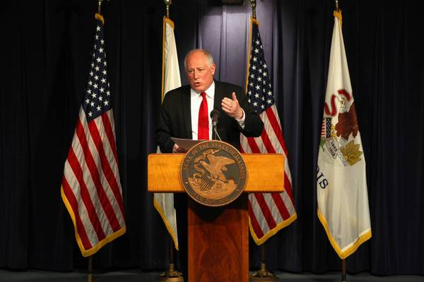 Illinois lawmakers have sent Gov. Pat Quinn a bill meant to allow non-violent inmates to earn their way out of prison early. The governor's short-lived early prison release program nearly cost him the 2010 election.