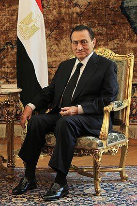 Egyptian President Hosni Mubarak holds a meeting with his Chadian counterpart, Idriss Deby, in Cairo.