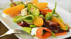 The kind of salad dressing you use can make veggies healthier