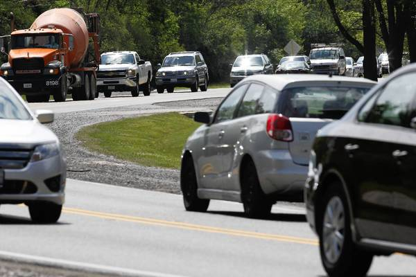 Willow Road is two lanes wide for 1.2 of the 2 miles it runs through Northfield, frequently causing traffic jams. After years of resisting calls for the road to be widened, the Northfield Village Board voted this week to let the state expand it to four lanes.