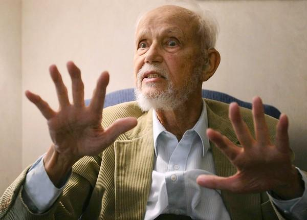 World religions scholar Huston Smith in 2005.
