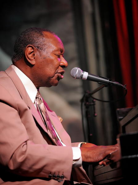 In the autumn of his career, 80-year-old singer-pianist Cole has earned widening recognition for gifts that resemble but also stand distinct from the work of his famous brother, Nat ¿King¿ Cole. Like his elder brother, Freddy Cole happens to be doubly fluent as jazz pianist and vocal interpreter, a man at ease behind the keyboard and in front of the microphone. But Freddy Cole's voice is grainier and grittier than his brother's silken tenor, and this only adds interest to his art. Lately, the Jazz Showcase has become a kind of home-away-from-home for the former Chicagoan, who always draws a large and welcoming audience. He'll lead a quartet. <br><Br><b> 8 and 10 p.m. Friday and Saturday; 4, 8 and 10 p.m. Sunday; at the Jazz Showcase, 806 S. Plymouth Court; $25; 312-360-0234 or jazzshowcase.com</b>