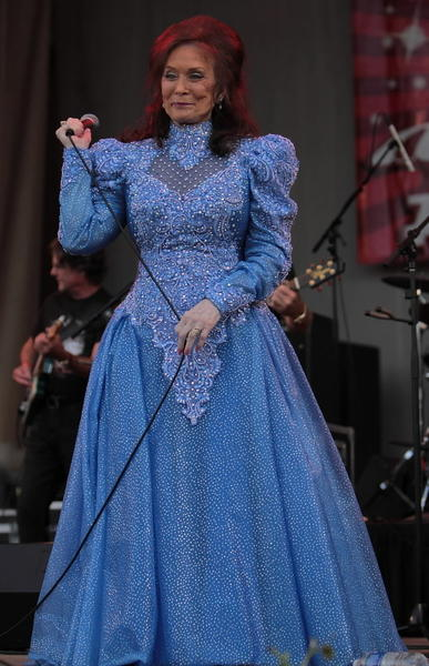 "For more than 50 years, Loretta Lynn has penned tales of country folklore, honky-tonkin', social issues and family life. And some of them had a nice beat and catchy tune, to boot. <br><br><b> Why go: </b>For three days, Lynn will run through her Grammy hits and certified country-gold goodness. <br><br><b> Reconsider:</b> You missed her 2004 ""Van Lear Rose"" album produced by Jack White of The White Stripes. <br><br><b>8 p.m. Friday and Saturday and 3 p.m. Sunday at Drury Lane Theatre, 100 Drury Lane, Oakbrook Terrace; $60; 800-745-3000, ticketmaster.com</b>"