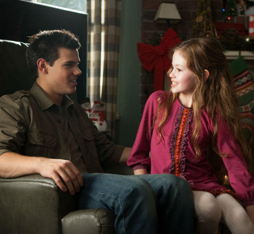 'The Twilight Saga: Breaking Dawn - Part 2' pictures: Jacob and Renesmee