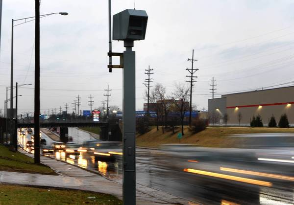 Chicago Will Incorporate Red Light Camera Tickets Into Its Yearly  Assessment Of Cabdrivers.