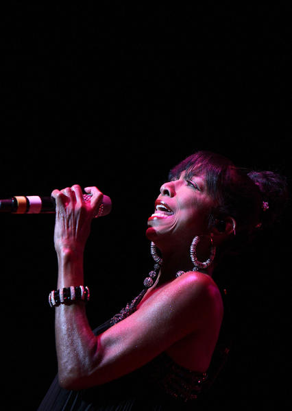 Natalie Cole performs the opening night of the Hampton Jazz Festival Friday at the Hampton Coliseum.
