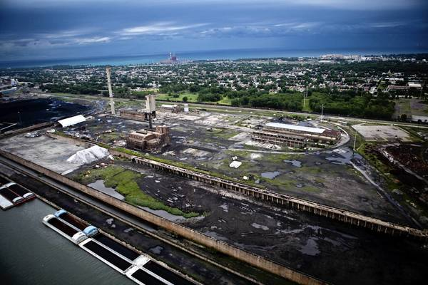 "Legislation on Leucadia National Corp.'s proposal for a $3 billion ""clean coal"" plant on the Southeast Side is on Gov. Pat Quinn's desk."
