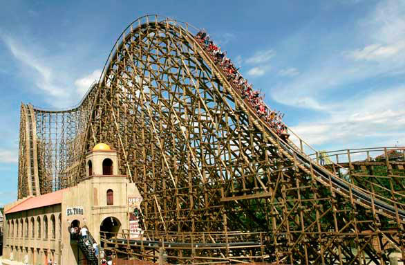 "The air time-heavy El Toro at New Jersey's Six Flags Great Adventure competes in the Splintering Speedsters category on the Travel Channel's ""Insane Coaster Wars."""