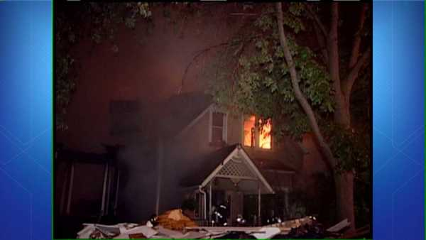 The scene of a 3-11 alarm fire in the 1900 block of West Larchmont Avenue.
