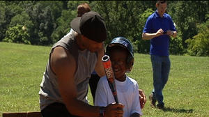Lynchburg police build relationship with kids through baseball