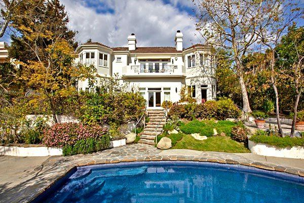 Shoe designer Donald Pliner and his wife, Lisa, bought a Bel-Air home for $4.26 million.