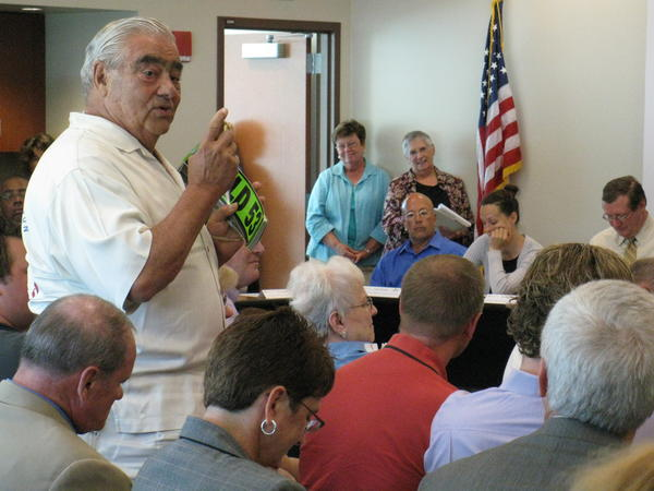 Former Lake County Board Chairman Bob Depke speaks at a meeting last year in support of an Illinois Route 53 extension.